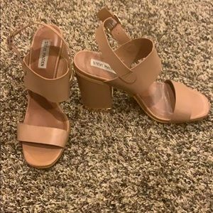Steve Madden tan black heels